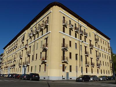 Caseggiato di via Primaticcio 196, Milano
