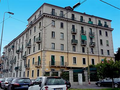 Caseggiato di via Teodosio 104, Milano
