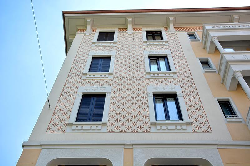 Particolare della facciata su via Giovanni Da Cermenate - 2016