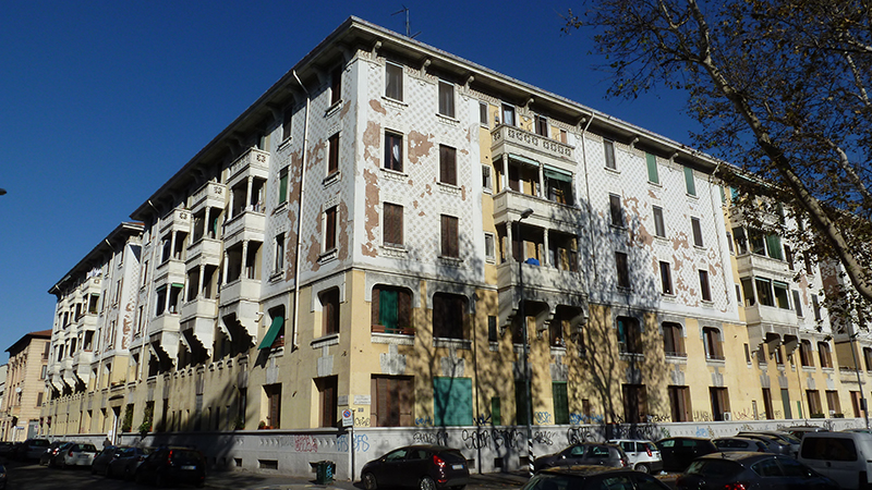 Via Francesco Brioschi angolo via Giovanni Da Cermenate - 2013