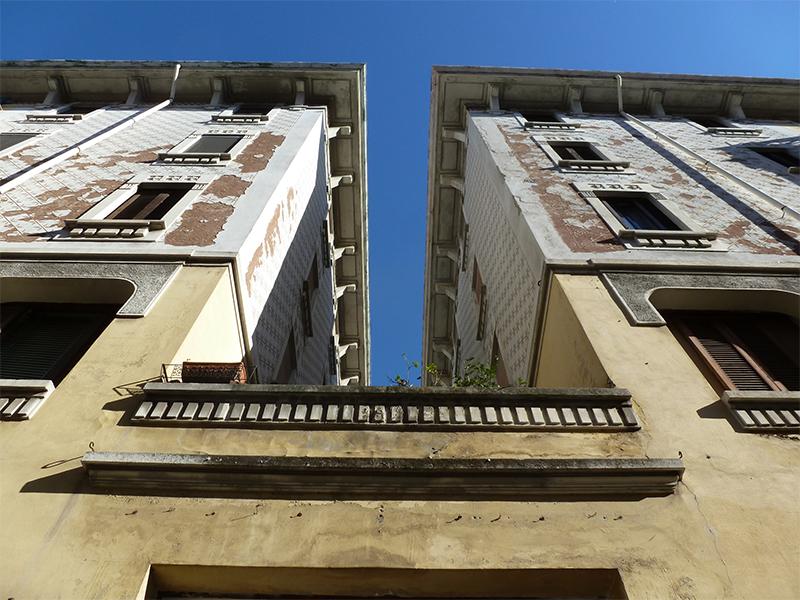 Scorcio dall'ingresso di via Francesco Brioschi 93 - 2013