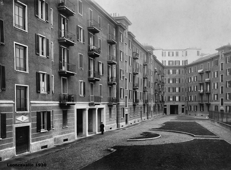 Il fabbricato di via Teodosio 104 - cortile interno - 1930